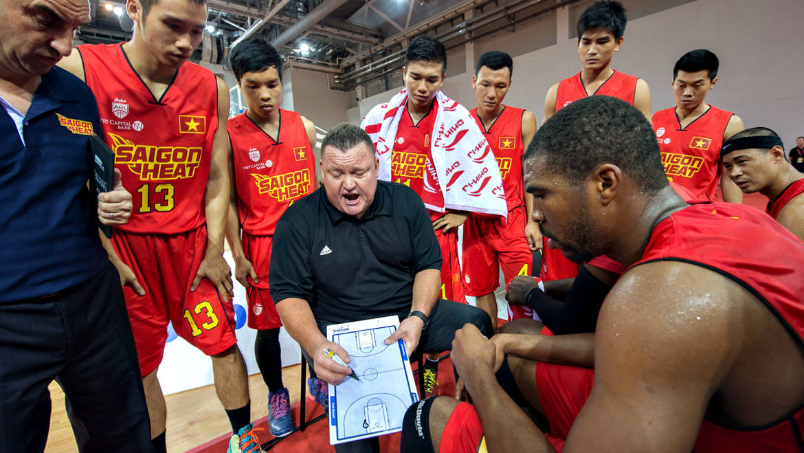 """The Coaches """"Box"""" – Good and Bad in the Hot Seat in Professional Sport."""